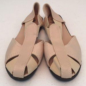 Shoes - Fisherman sandals NWOT